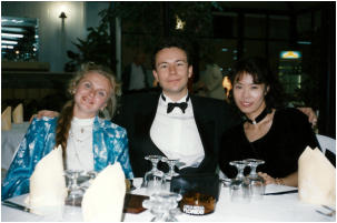 mit Laura Mikkola (links, 1994)
